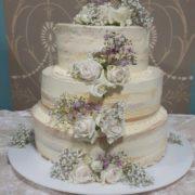 Semi naked cake mit Rosenbouquet